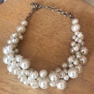 LOFT | pearl necklace